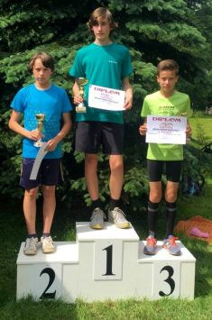 Běh proradost – 11.ročník, Zdislavice, atleti Jiskry, 10medailí, 2016