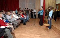 Vánoční koncert v ZUŠ 19. 12. 2007