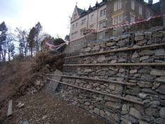 Oprava hradeb 15. 3. 2009