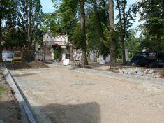 Stavební práce v okolí zámku 14. 11. 2009