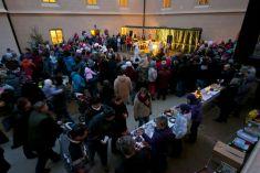Předvánoční jarmark 2. 12. 2012