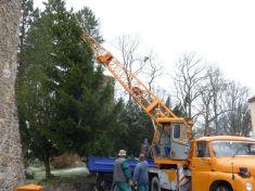Stavění vánočního stromku 25. 11. 2013