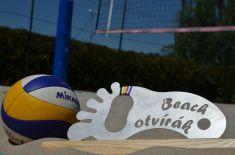 Beachotvírák - turnaj vplážovém volejbalu 7.6. 2014