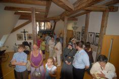 Vernisáž výstavy PROČ MÁMY PLÁČOU  7. 6. 2014