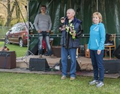 75 letý Baťov se baví 18. 10. 2014